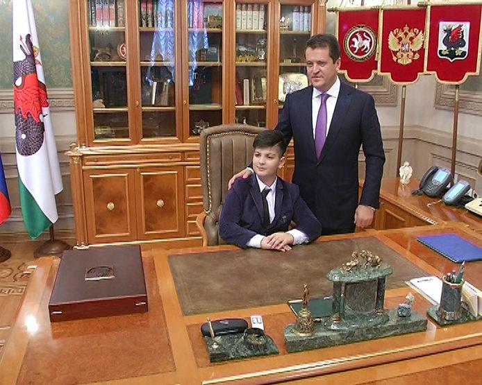 11-летний Джейхун Ахмедов попробовал себя в роли Мэра Казани