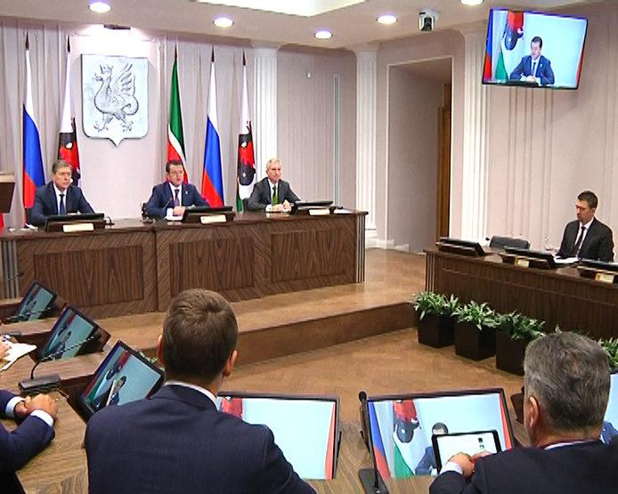 К концу 2019 года половина муниципальных услуг Казани будет представлена в электронном виде