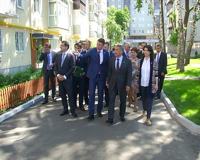 R. Minnikhanov visited a number of facilities in the KirovSky and Moskovsky districts of Kazan