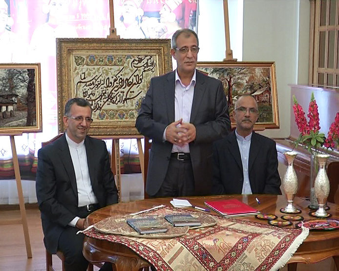 The Mayor of Tabriz gave to Kazan the products of Iranian masters as a gift.