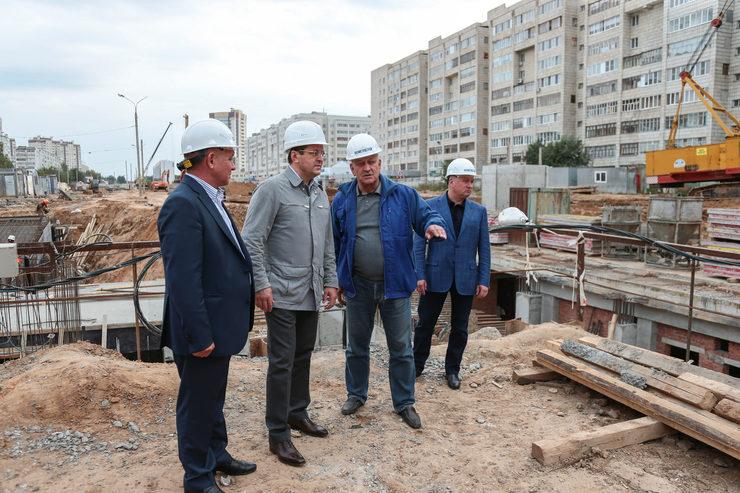 Осмотр хода строительства станции метро «Дубравная»