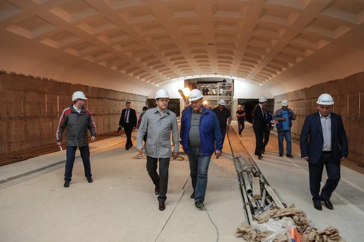 Мэр Казани проинспектировал ход строительства станции метро «Дубравная»