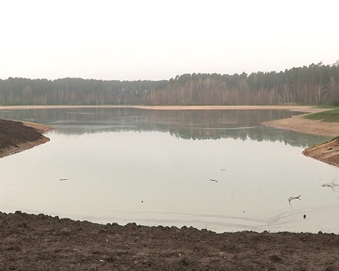 The filling of Lakes Svetloe and Bolshoe Lebyazhie with water will be completed by the end of Novembe