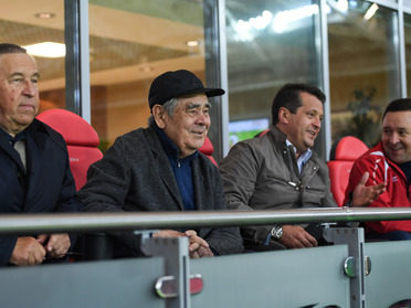 "Ilsur Metshin attended the match between the football clubs ""Rubin"" and ""Ufa"""