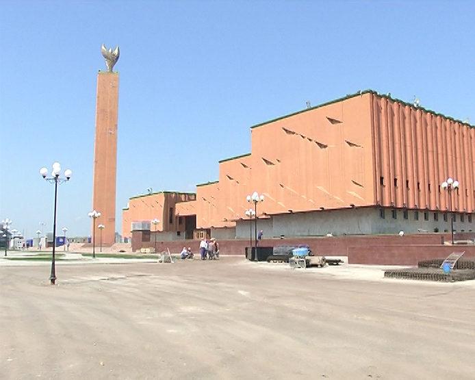 Совещание по вопросам благоустройства при строительстве подземного паркинга перед НКЦ «Казань»