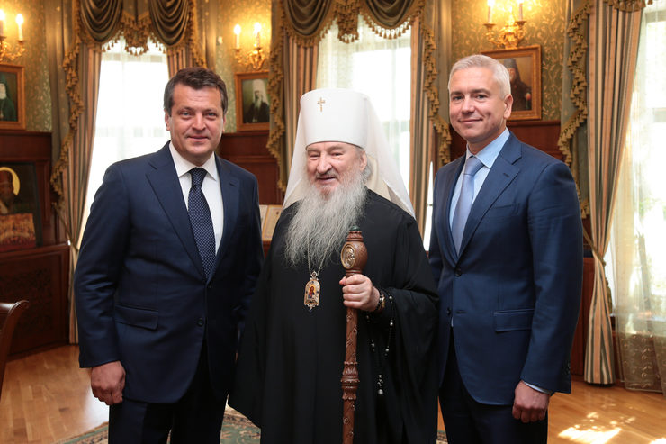 Ильсур Метшин поздравил митрополита Феофана с 71-летием
