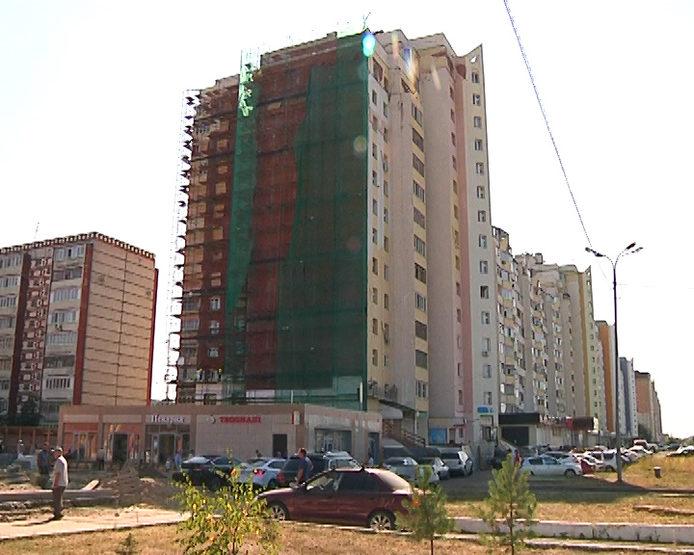 И.Метшин ознакомился с ходом капремонта дома №100 по пр.Победы