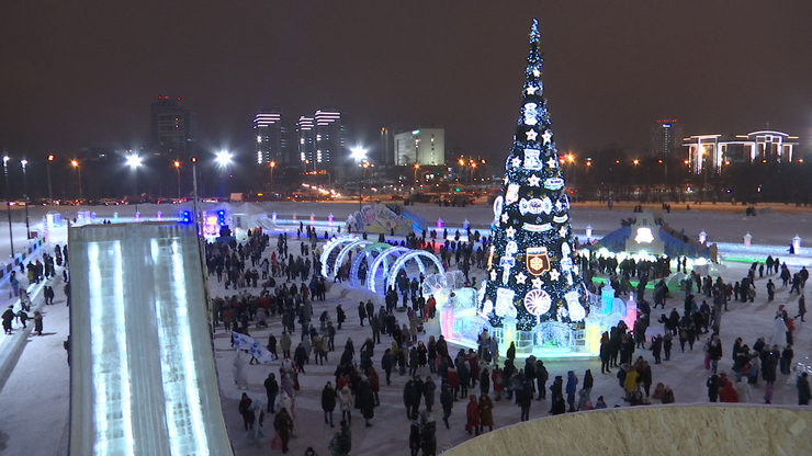"The opening of the main city Christmas tree at the Family Center ""Kazan"""