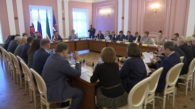 "The meeting of the political council of the Kazan local branch of the ""United Russia"", 04/18/2019"