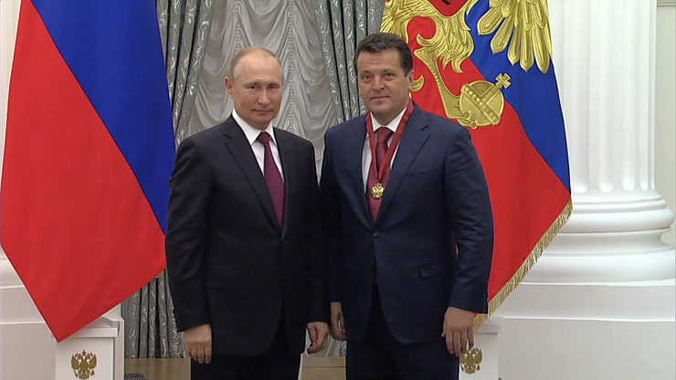 Vladimir Putin awarded Ilsur Metshin the Order of Merit for the Fatherland, III degree