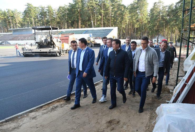 Казан Мэры «Локомотив» стадионын реконструкцияләү барышын тикшерде