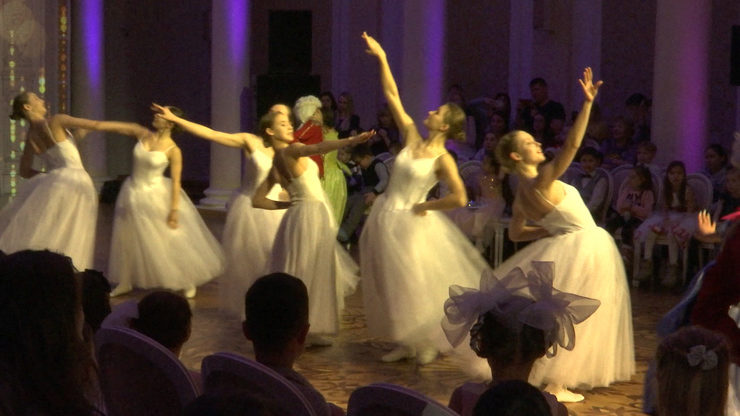 The Kazan City Hall hosted a charity New Year's masquerade, 26.12.2019