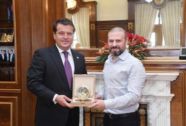 Ильсур Метшин и Гекдениз Карадениз обсудили строительство мечети в поселке Калинино