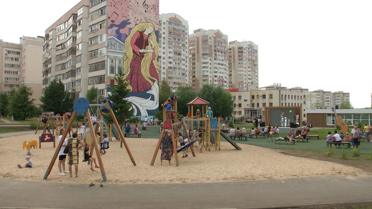 The Mayor of Kazan inspected the improvement of the yard territory at  Azino-1 district