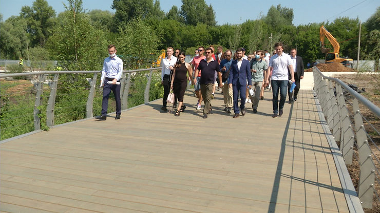 The Mayor of Kazan presented the second stage of the landscaped embankment of  Kaban Lake to bloggers and journalists
