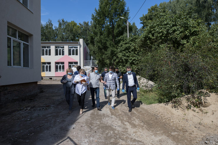 The Mayor of Kazan inspected the progress of overhaul of the Malyshok kindergarten