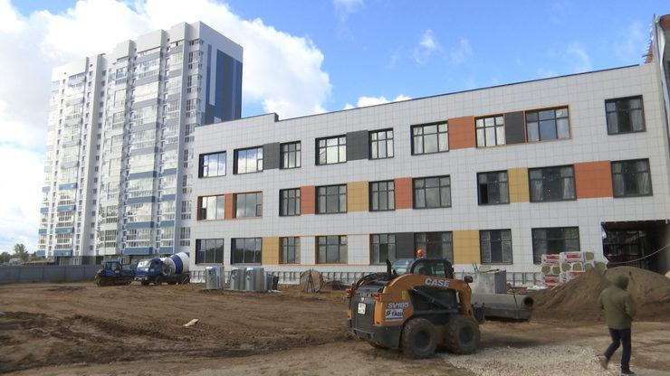 И.Метшин ознакомился с ходом строительства школы на 1224 места в ЖК «Салават купере»