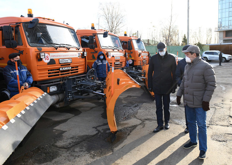 Ilsur Metshin inspected the readiness of equipment for operation in winter conditions