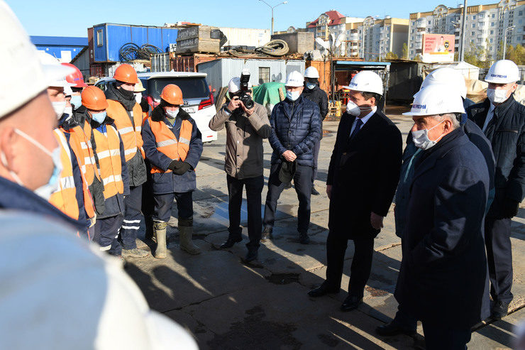 Rustam Minnikhanov and Ilsur Metshin visited the Sakharov station under construction of the second subway line in Kazan