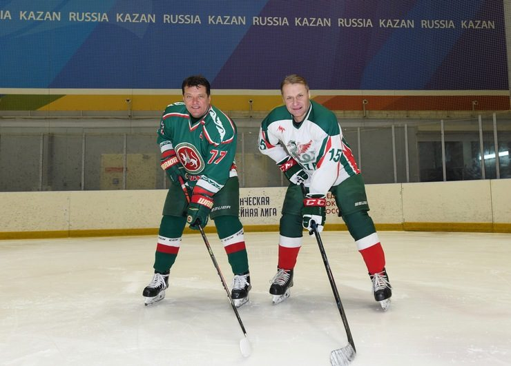«Зилант» спорт комплексында Татарстан хоккее ветераннарының иптәшләрчә матчы