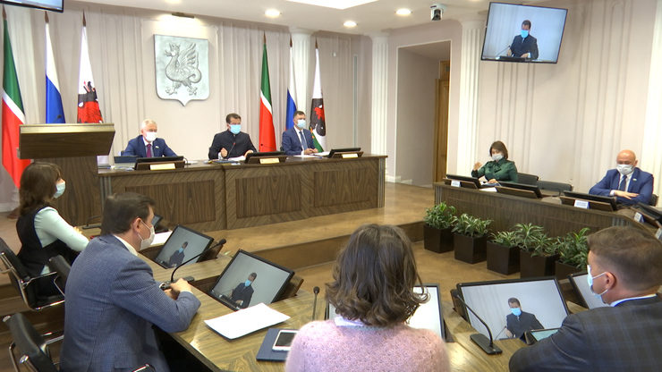 The VI session of the Kazan City Duma was held at the Executive Committee, 26.04.2021