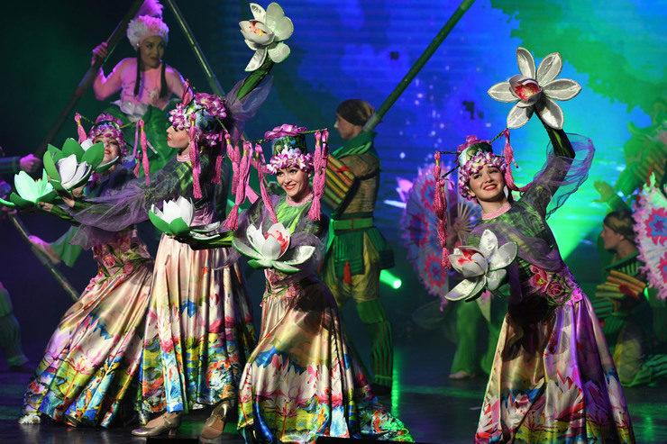 Казан Мэры яңартылган «Чулпан» мәдәни үзәгендә шәһәр филармониясе концертын карады