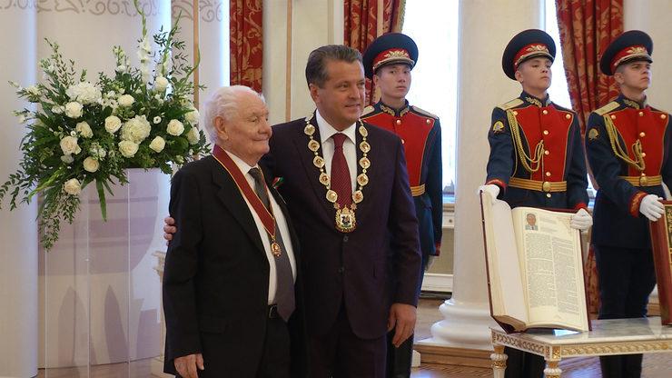 В День города Ильсур Метшин вручил в Ратуше муниципальные награды, 30.08.2021