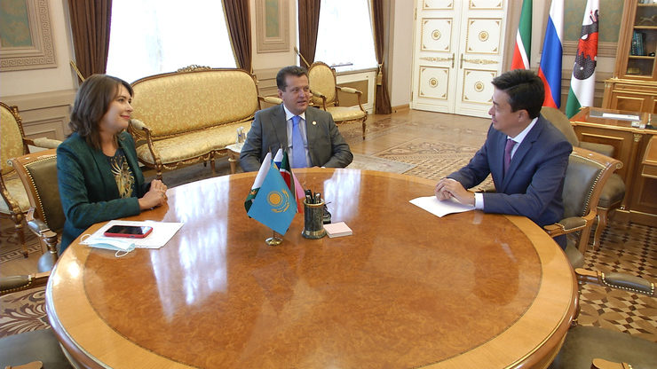 I.Metshin meets with the Consul General of Kazakhstan, 15.09.2021