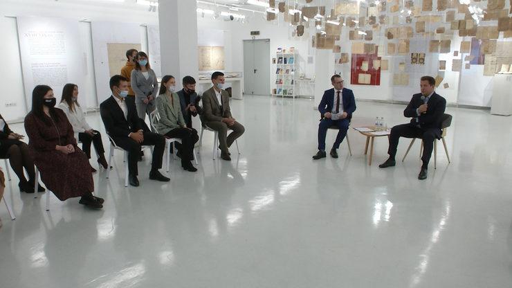 The Mayor of Kazan meets with young teachers