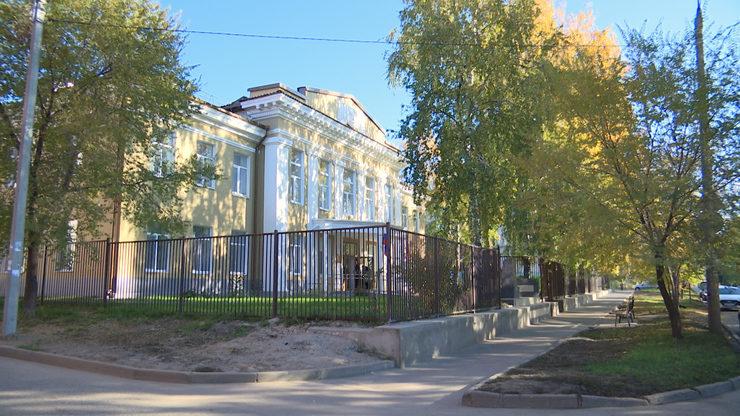 I.Metshin visits  the renovated kindergarten No.417